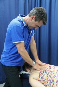 Physiotherapy neck mobilisation